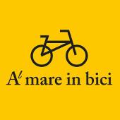 Al mare in bici